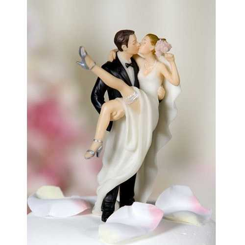 Sobre el umbral el novio y la novia figura para tarta figura decorativa