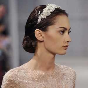 peinados para novias recogido bajo diadema
